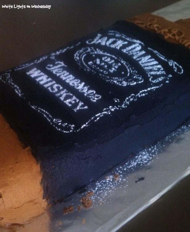 Jack Bottle Cake 2