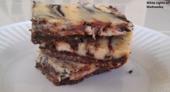 Toast the Red Carpet: Black and White Cheesecake Bars