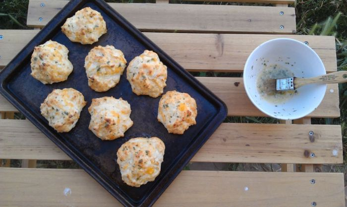 Cheddar Bay Biscuits 1