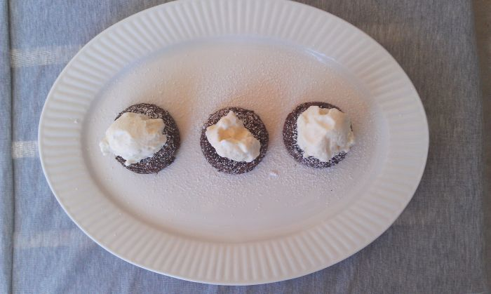 Chocolate Lava Muffins 2