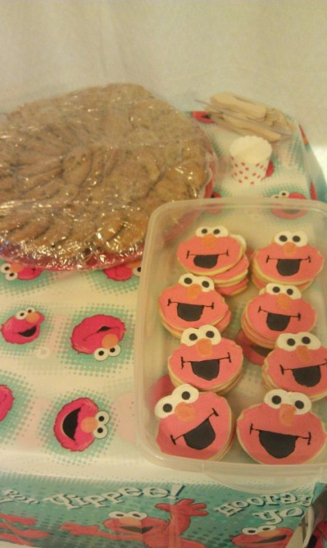 Elmo Cookies 9