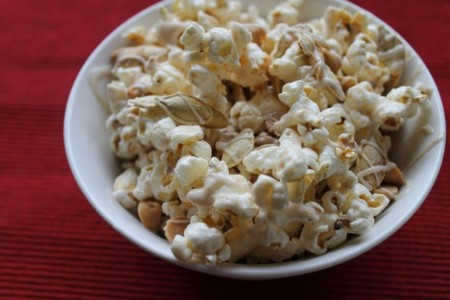 White Chocolate Pumpkin Popcorn 2