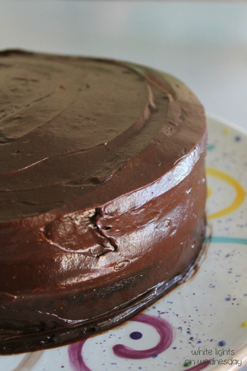 Black Cocoa Cake with Penut Butter 1