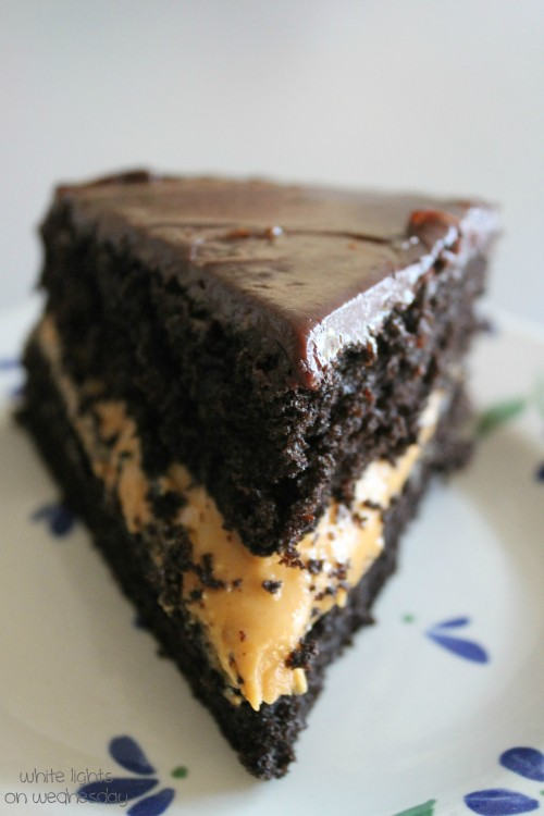 Black Cocoa Cake with Penut Butter 2