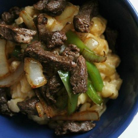 Philly Cheesesteak Macaroni & Cheese