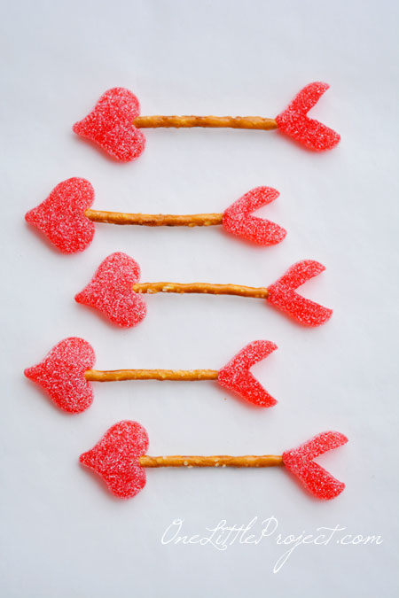 Easy Cupid's Arrow Pretzels