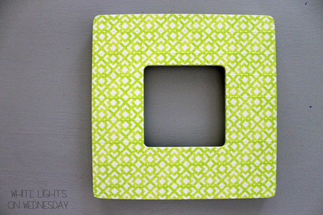 Washi Tape Kiss Me Picture Frame 7 650x433 Kiss Me   St. Pattys Day DIY Craft   By Julie of White Lights On Wednesday