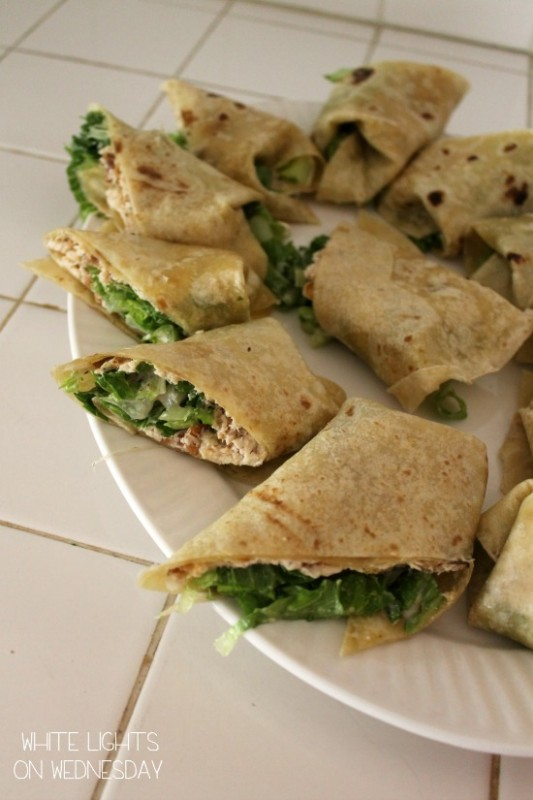 Chicken Caesar Salad Wrap Ups 5 533x800 Easy Chicken Caesar Salad Wraps   By Julie of White Lights On Wednesday