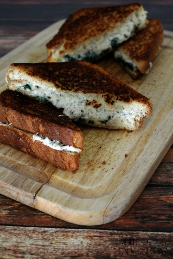 Ricotta & Spinach Grilled Cheese  #‎passthecookbook‬