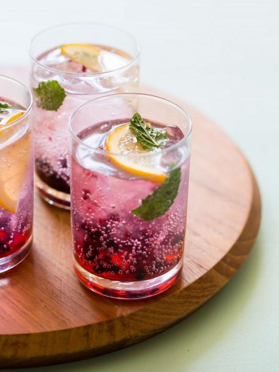 Blackberry Meyer Lemon Gin & Tonic