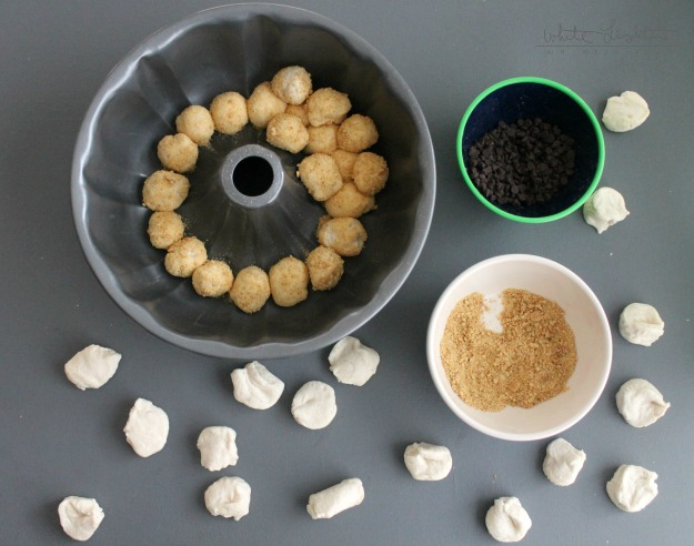S'mores Monkey Bread | White Lights on Wednesday  #smoresweek