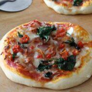 Bacon Spinach Tomato Pizza