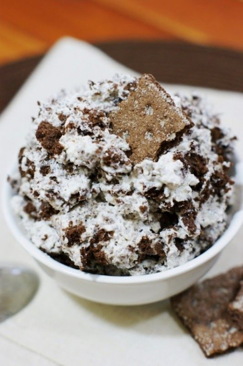 50 Delicious Dips: Chocolate Fluff