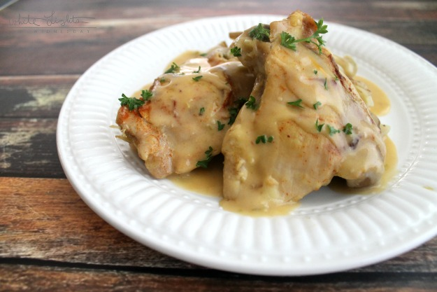 Slow Cooker Cheesy Chicken & Potatoes | White Lights on Wednesday