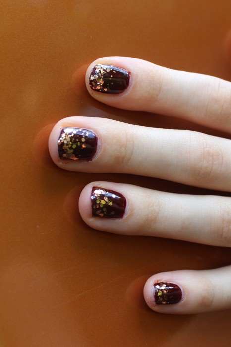 Autumn Gradient Glitter Manicure   White Lights on Wednesday