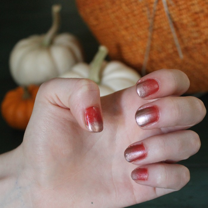 Pumpkin Spice Ombre Manicure | White Lights on Wednesday
