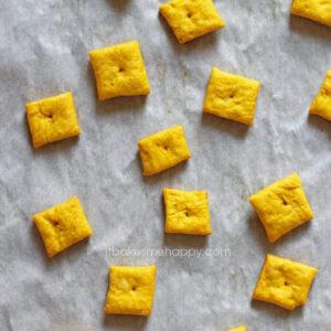 Pumpkin Cheddar Crackers