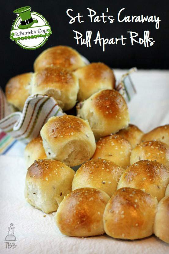 Caraway-Pull-Apart-Rolls