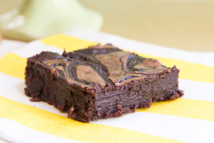 Flourless Baileys Fudge Swirl Brownies | Cupcakes & Kale Chips for White Lights on Wednesday