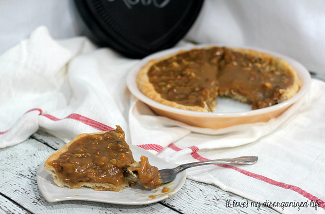 Caramel Nut Pie | {i love} my disorganized life for White Lights on Wednesday