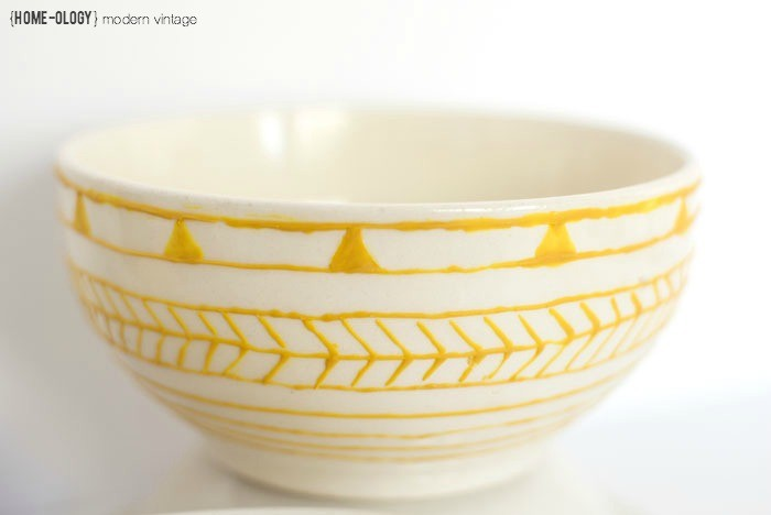 DIY Decorated Bowls | {home-ology} modern vintage for White Lights on Wednesday